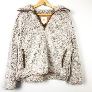 Thread and supply Sherpa pullover size S
